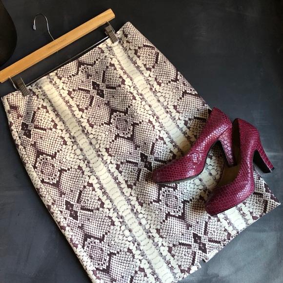 J. Crew Dresses & Skirts - J. Crew No 2 Pencil Skirt Snakeskin Print -Size 8